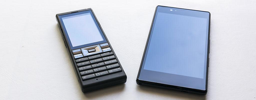 SIMフリー携帯電話の種類|スマホだけでなくガラケーも
