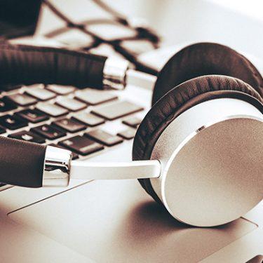 イヤホン選びで格安スマホでの音楽環境をグレードアップしよう!