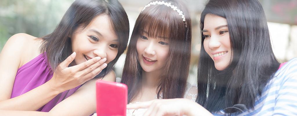 Facebookメッセンジャーの使い方と機能紹介|気になる「オンライン」も解説