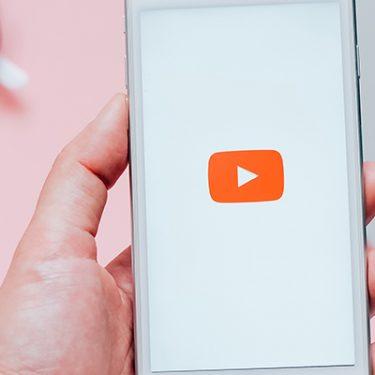 もう動画や音楽のダウンロード不要!データ通信量を気にせず楽しむ方法