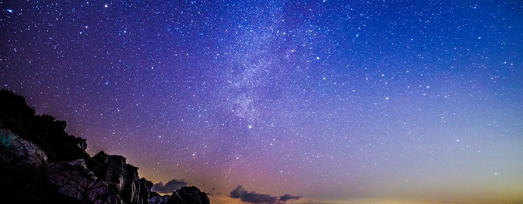 スマホで月や星空をキレイに撮影するコツを一挙紹介!