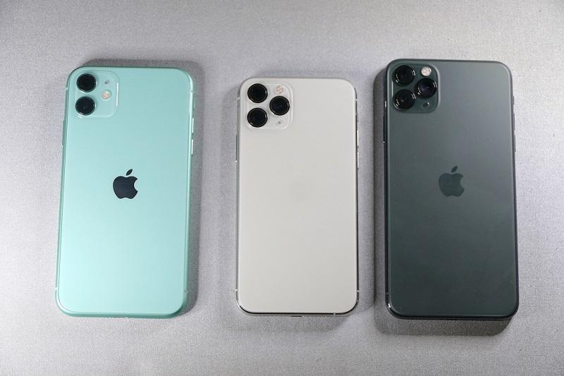 左からiPhone 11/Pro/Pro Max