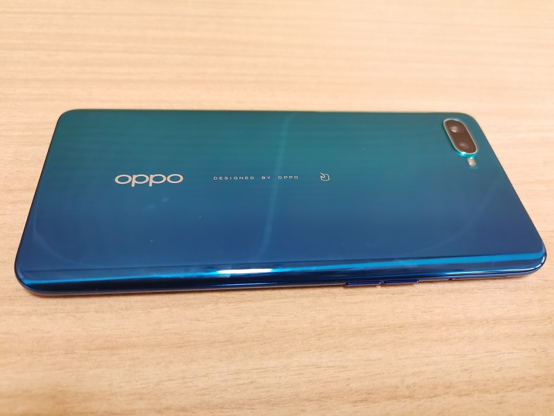 OPPO Reno Aの背面デザイン