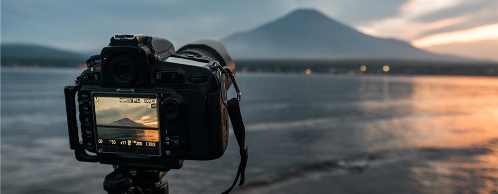 一眼レフカメラで撮った写真をSNSにアップする方法