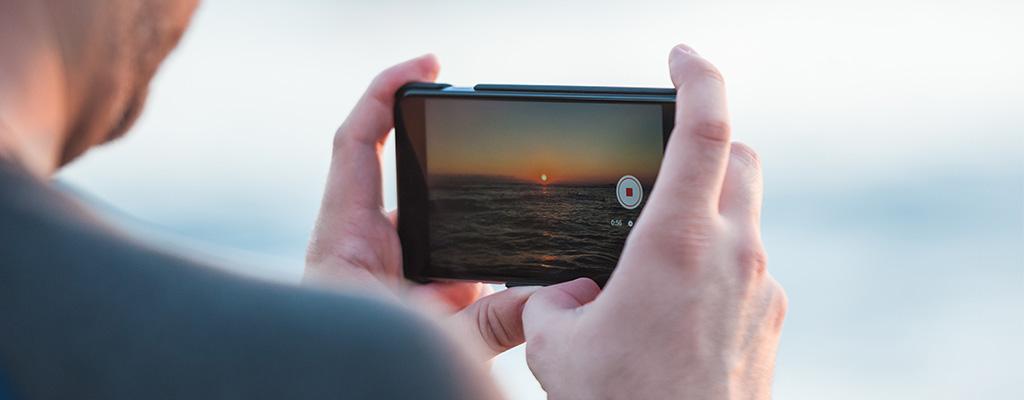 iPhoneのClipsとは?使い方やiMovieとの違いを解説